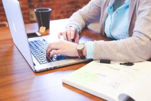 office-worker-09